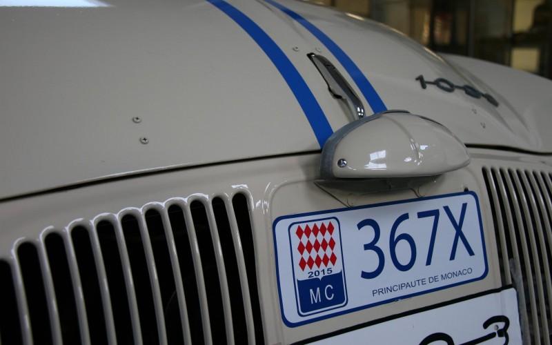 Dauphine Renault ondine 1093
